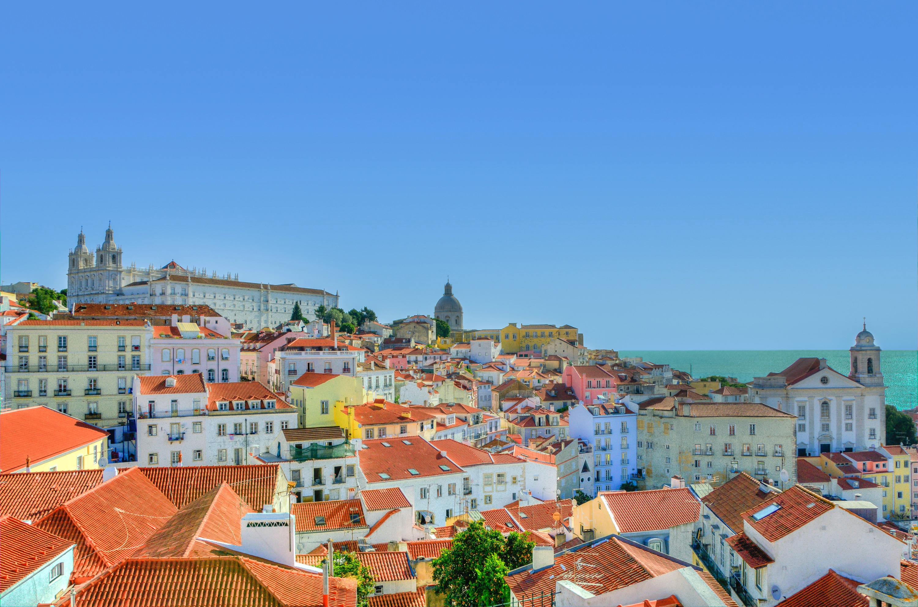 Lisbon - Alfama ranks as top European city for digital nomads